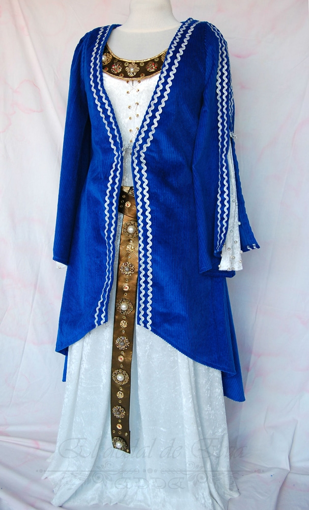 Abrigo medieval azul.<br> consultar nueva elaboración