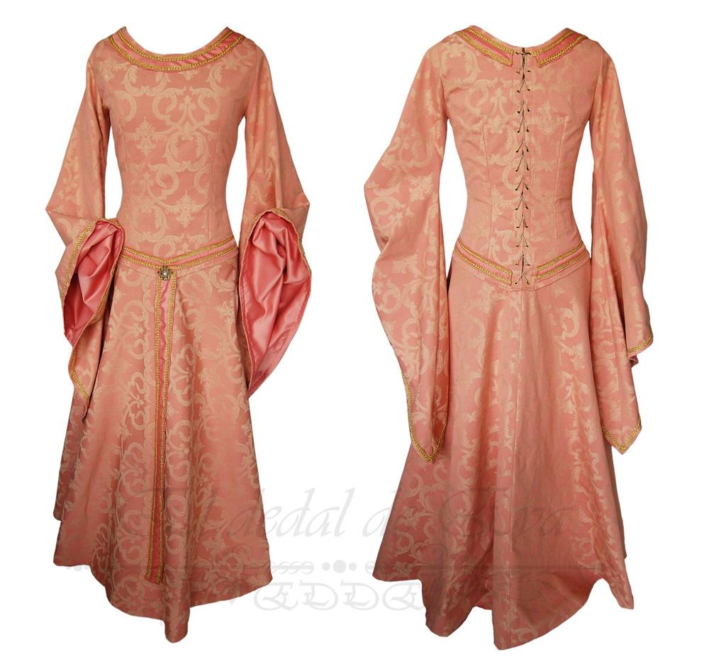 Vestido medieval rosa palo. <br> vendido