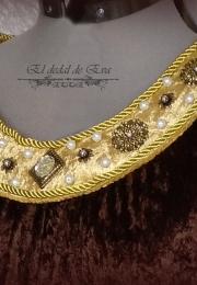 Detalle del collar